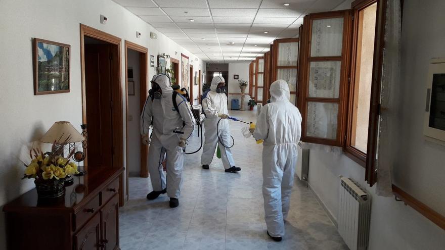 Desinfección de la Residencia Alameda en Sigüenza (Guadalajara) por parte de GEACAM