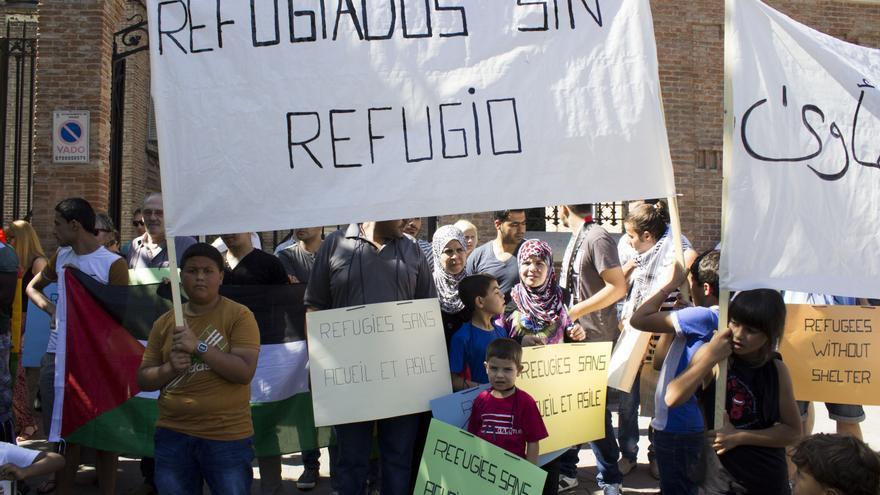 Imagen de archivo. Manifestantes piden al Gobierno que cumpla el derecho de protección internacional. Foto: A.O.