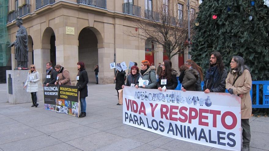 """Una concentración reclama en Pamplona que la igualdad y el respeto """"sean extendidos para los animales"""""""