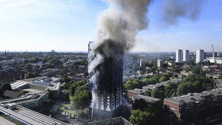 No hay constancia de españoles afectados por el incendio de Londres