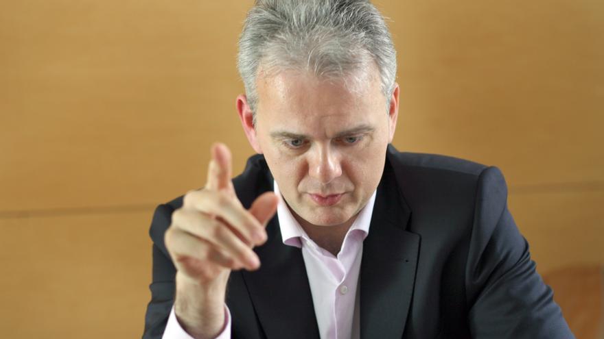 Héctor Illueca durante la entrevista