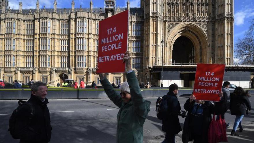 El Parlamento vota por primera vez sobre un posible segundo referéndum del brexit
