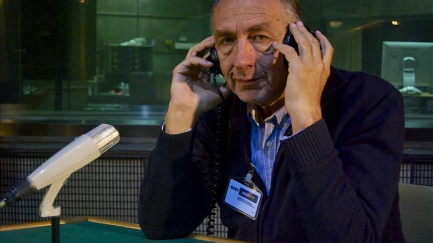 """""""Good Night Sarajevo"""" o la historia de un periodista de radio en aquel asedio"""