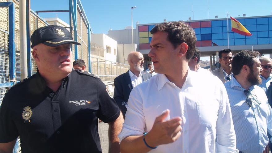 """Rivera exige a Sánchez desde Ceuta que deje el """"buenismo"""" que genera """"efecto llamada"""" para la inmigración irregular"""