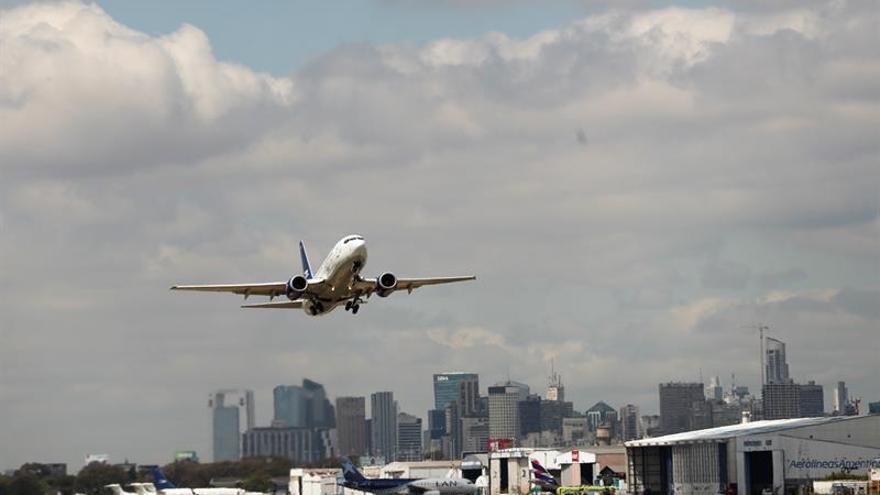 Venezuela perdió un 20 % de plazas en vuelos internacionales desde 2013, dice gremio