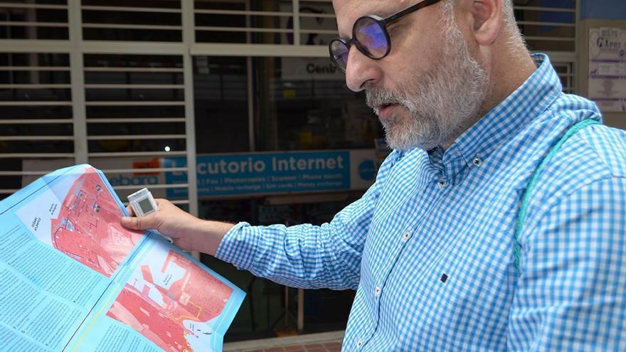 Locutorio en la calle Los Gofiones, donde se rodó una escena de El niño de Daniel Monzón. (Eva González).