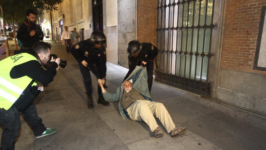 La Policía no acusa a los detenidos de delitos contra la nación, según el atestado