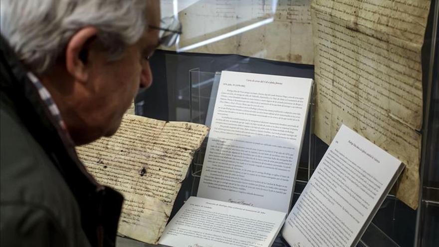 Una exposición glosa en Burgos la génesis y el primer balbuceo de la lengua española
