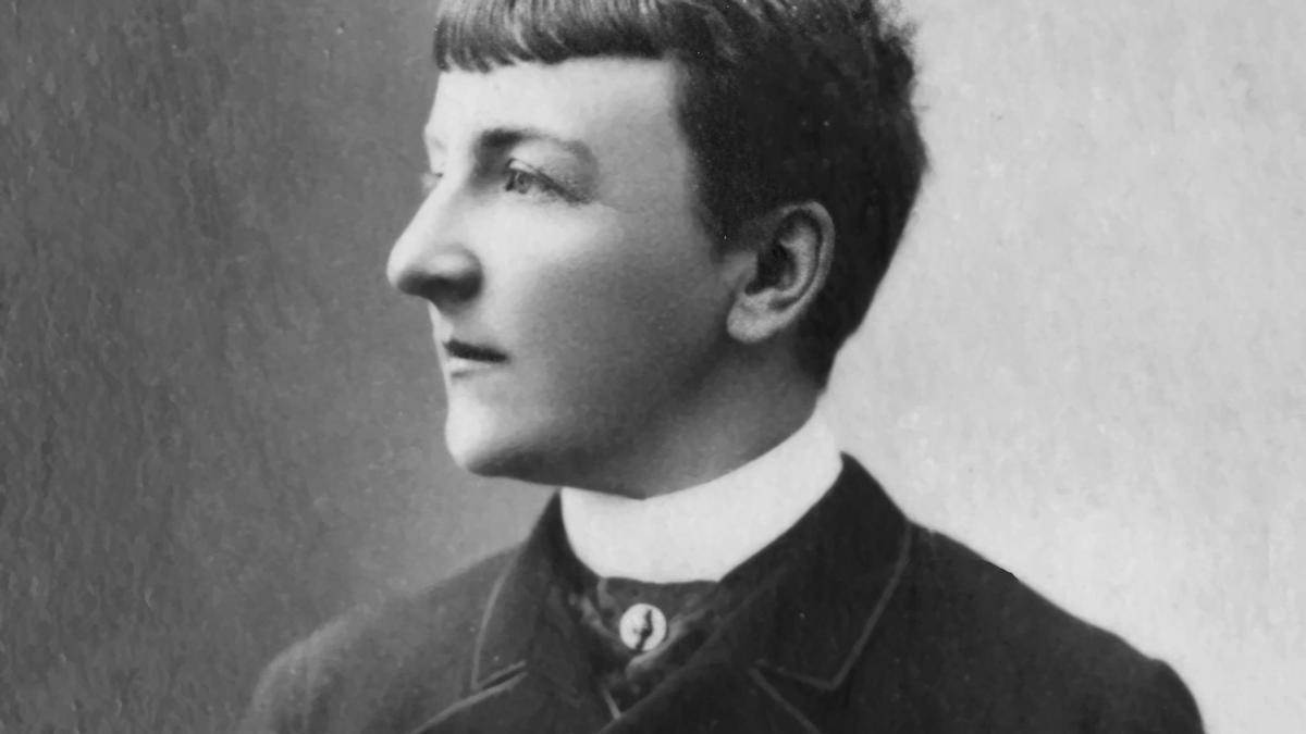 Jane Dieulafoy fue una arqueóloga y escritora francesa que se vistió de hombre en alguno de sus viajes