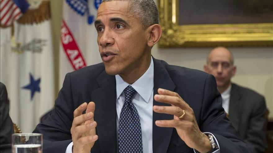 Obama agradece a militares en el extranjero su lucha contra el ébola y yihadistas