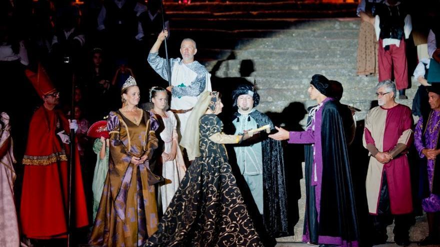 Se recuerda el matrimonio de la Infanta Isabel, primogénita de los Reyes Católicos, con el rey de Portugal, Manuel I El Afortunado o El Grande / Turismo Extremadura