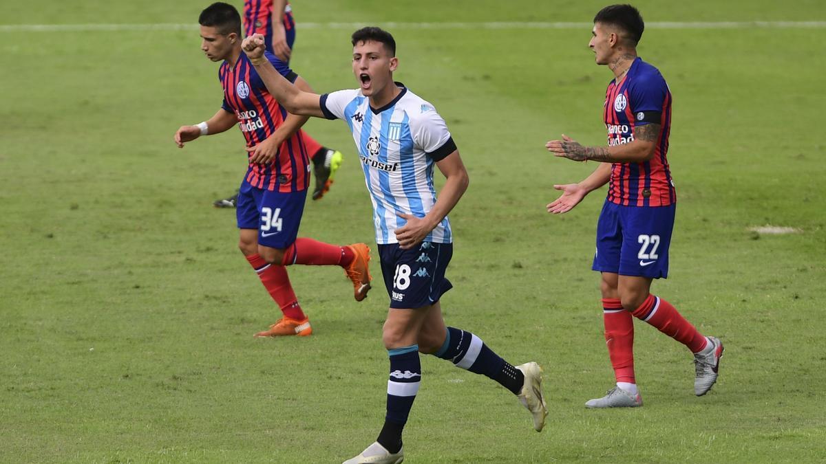 Con dos goles de Tomás Chancalay, Racing venció a San Lorenzo y clasificó a cuartos de final.