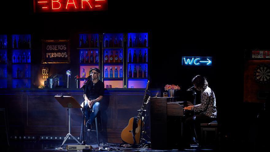 Fito Cabrales y Rulo cantaron 'Mi cenicienta en formato acústico. | EL REY LAGARTÓN