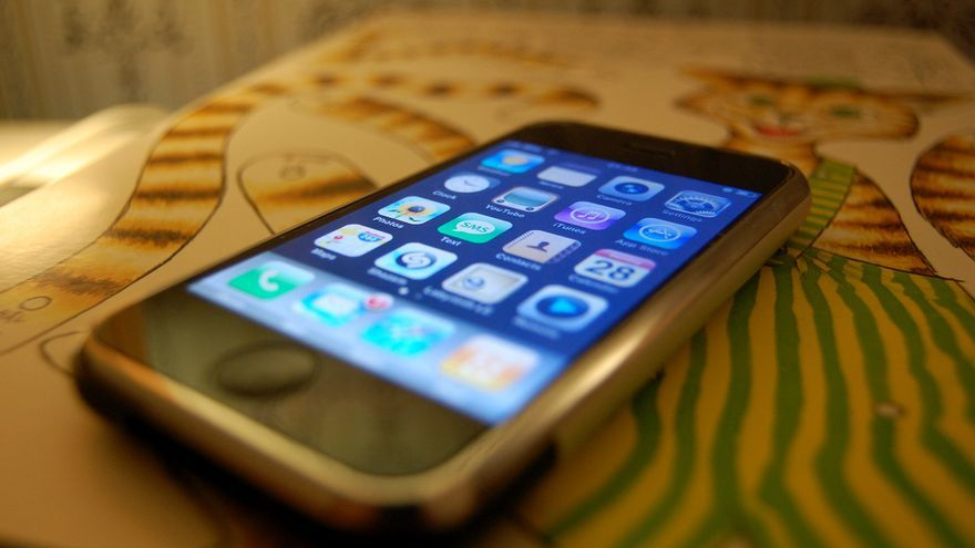 Tal día como hoy, hace diez años, el primer iPhone salía a la venta en Estados Unidos