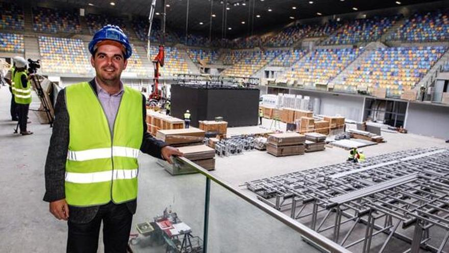 Lucas Bravo de Laguna posa durante las obras del Gran Canaria Arena, su oasis particular.