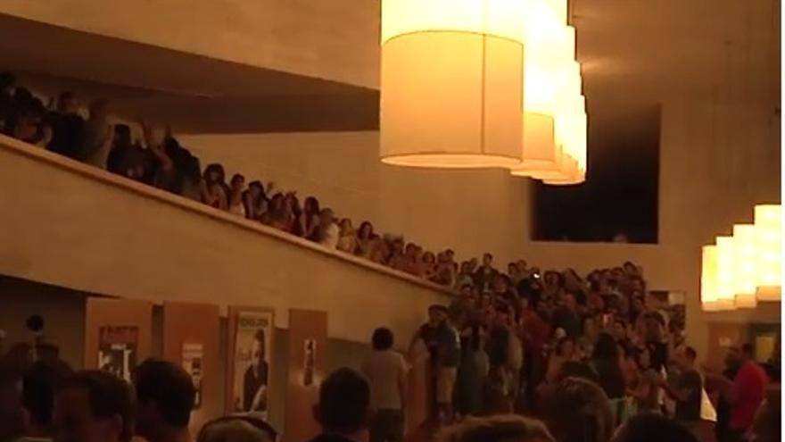 La protesta se traslada al auditorio del Teatro Buero Vallejo.