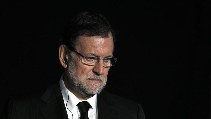 """Rajoy dice estar """"conmocionado"""" por los datos sobre la investigación del accidente"""