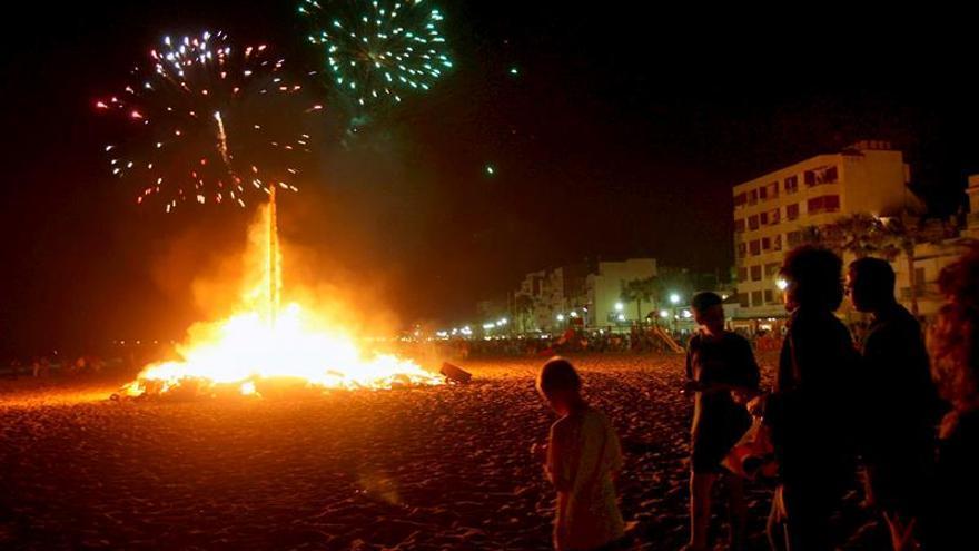 Bomberos atienden 1.291 servicios, ninguno grave, por San Juan en Cataluña