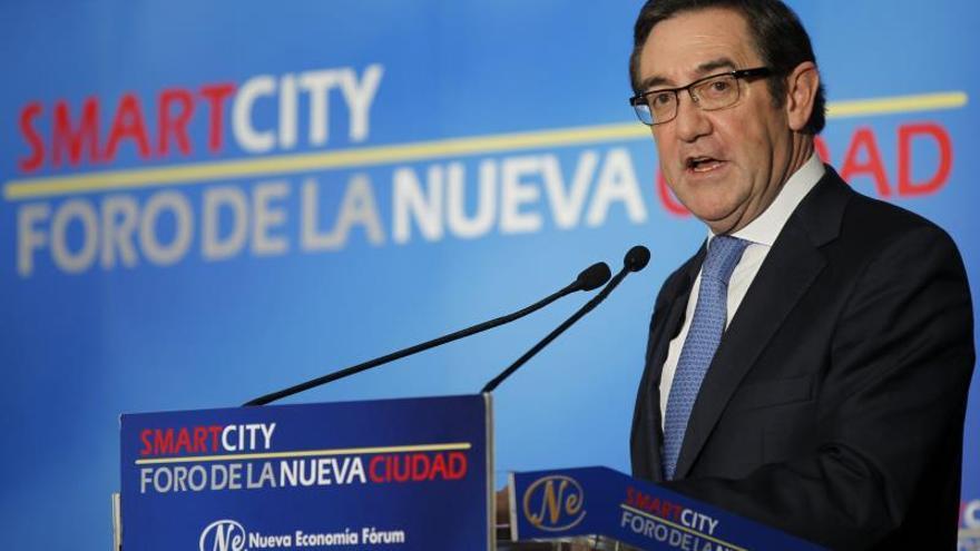 """El alcalde de Santiago pide """"no adelantar acontecimientos"""" sobre el accidente"""