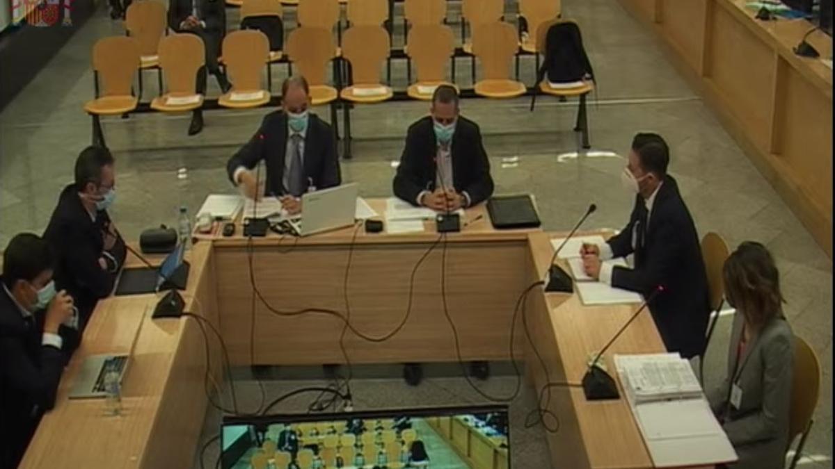 El inspector jefe Morocho declara en el juicio de la caja B junto a sus subordinados