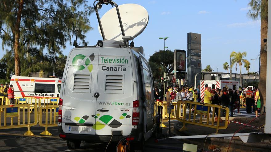 Unidad móvil de la Televisión Canaria.