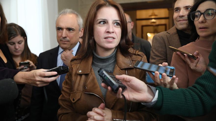 Lastra afirma que Sánchez y Torra se reunirán acompañados de más personas