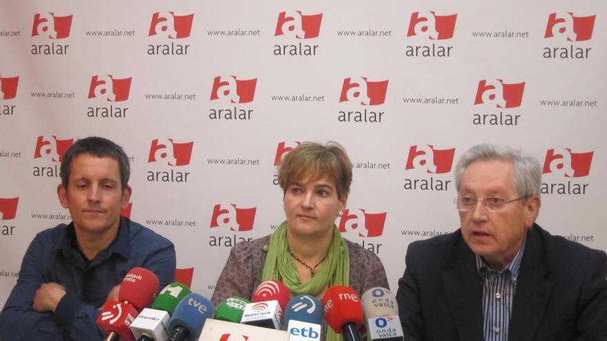 """Aralar exige a PNV que """"deje de dar la llave"""" de la Ponencia de autogobierno a PSE y PP"""