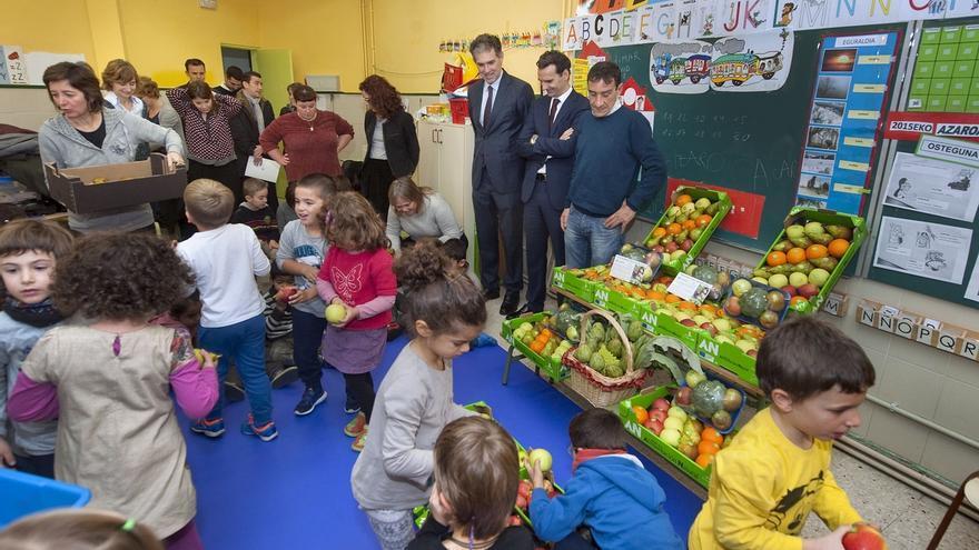 Un total de 10.200 escolares de Infantil de 133 centros participan este curso en la campaña escolar de consumo de fruta