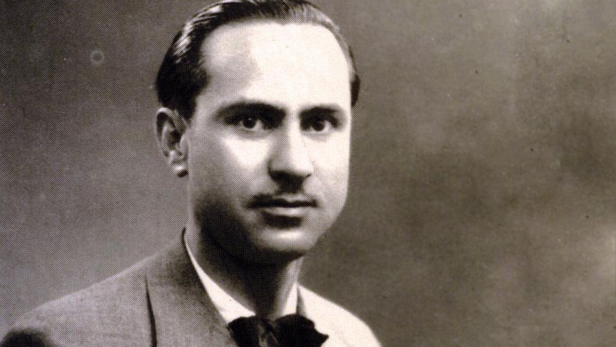 O poeta Florencio Delgado Gurriarán