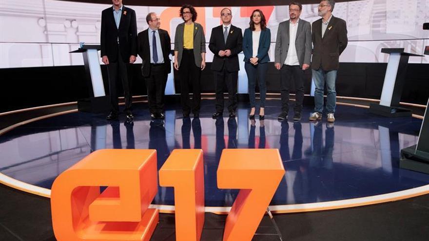 """Los candidatos polemizan sobre la """"restitución"""" de Puigdemont tras el 21D"""