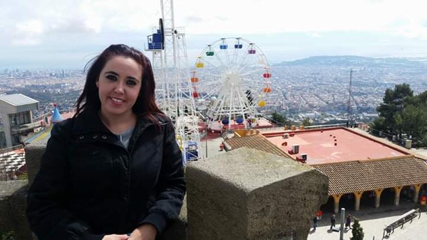 Tania Cáceres, tinerfeña que sigue a la espera del grado de discapacidad mientras trabaja con un trastorno obsesivo por sufrir abusos sexuales de niña.