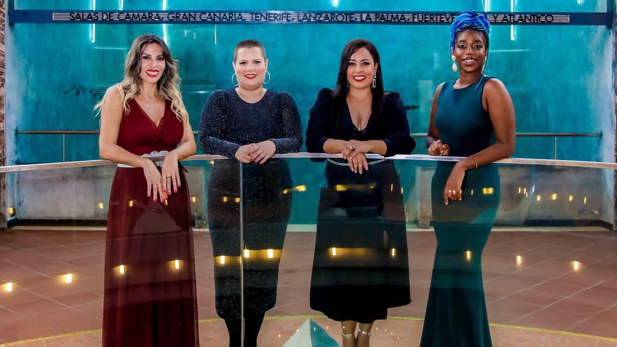 Moneiba Hidalgo, Marieme Abdouyale, Almudena Hernández y Dunia Santana