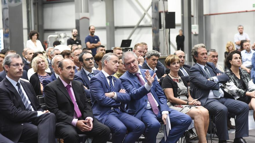 El lehendakari inaugura la nueva fábrica de Bombas Azcue en Zestoa (Gipuzkoa)