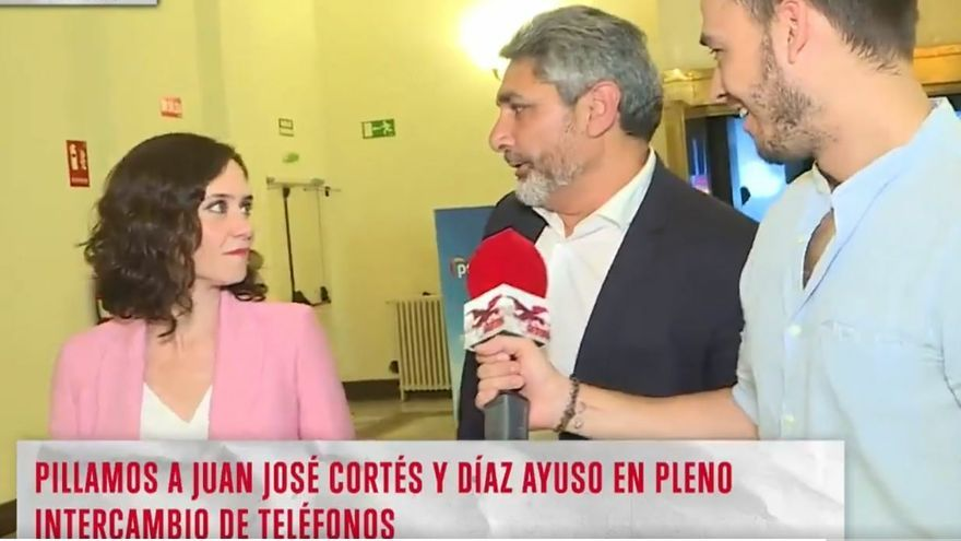 """Isabel Díaz Ayuso corta a Juan José Cortés tras llamarla """"belleza"""" en Cuatro: """"A partir de aquí hay que ser político"""""""
