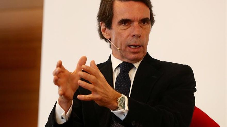 "Aznar ve ""indispensable"" una intervención total e indefinida en Cataluña"