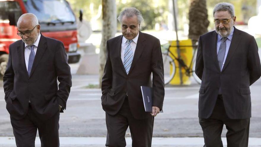 Serra defiende la legalidad de los aumentos de sueldo a la excúpula de CatalunyaCaixa