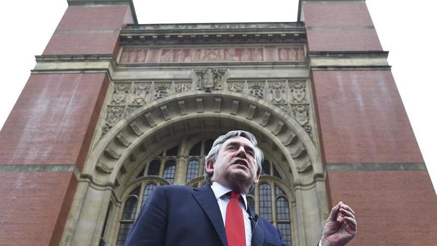 """Gordon Brown propone una """"tercera vía"""" para Escocia ante el """"brexit"""""""