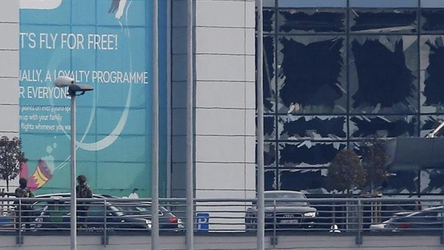 Dos hermanos identificados entre kamikazes de atentados aeropuerto