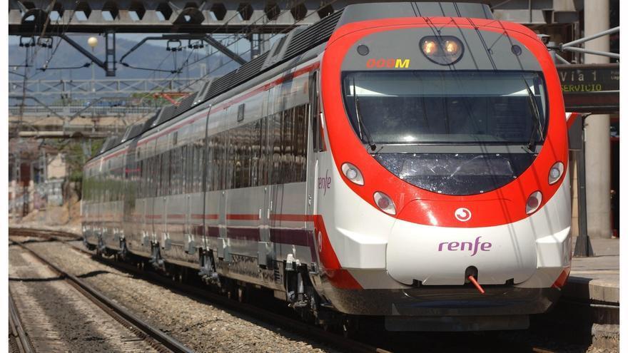 Un tren de cercanías en Madrid.