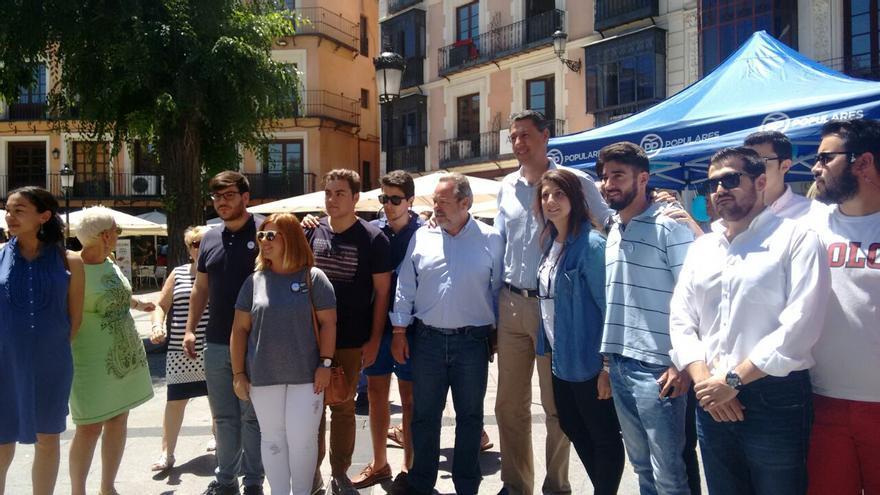 Xavier García Albiol y Jesús Labrador, candidatos al Senado (PP)