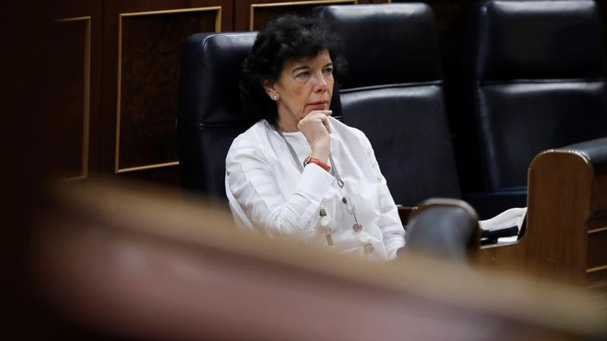 Celaá explica en Congreso cómo revertirá decreto de recortes educativos de PP