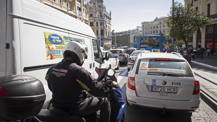 Dos accidentes en 15 minutos colapsan el tráfico en Madrid el Día Sin Coches
