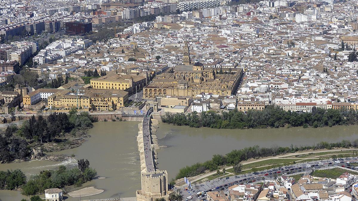 Vista aérea del casco histórico de Córdoba.