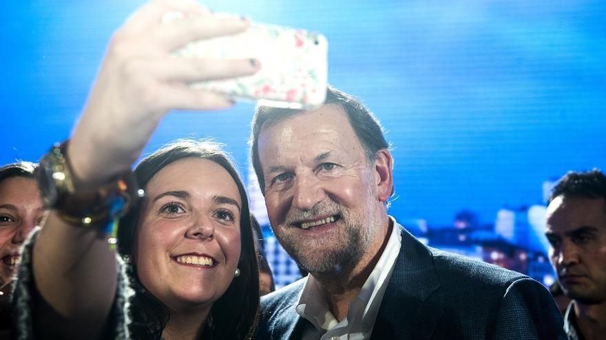 """Rajoy dice que en CCAA y ayuntamientos se está demostrando que """"un gobierno en minoría es muy complicado"""""""