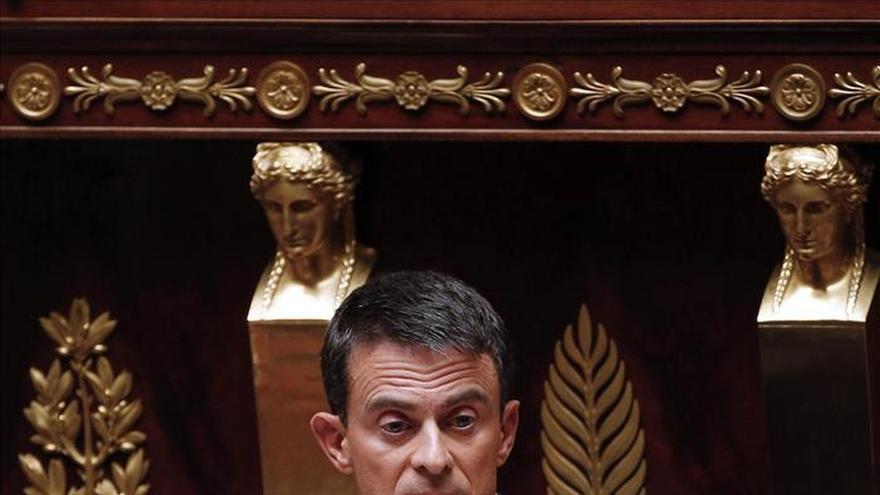 Francia apoyaría un intervención terrestre de los países de la región en Siria