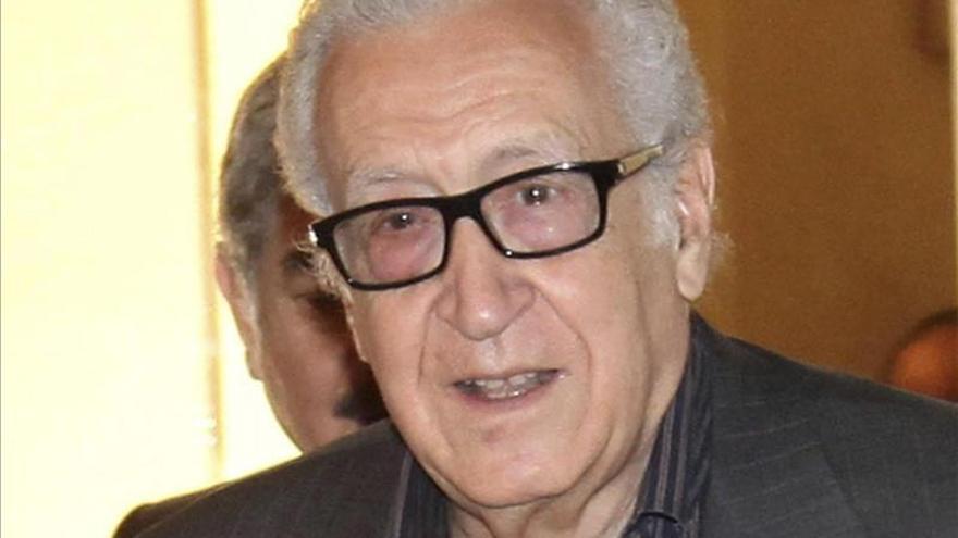 Brahimi espera que la conferencia sobre Siria se celebre en semanas y no en meses