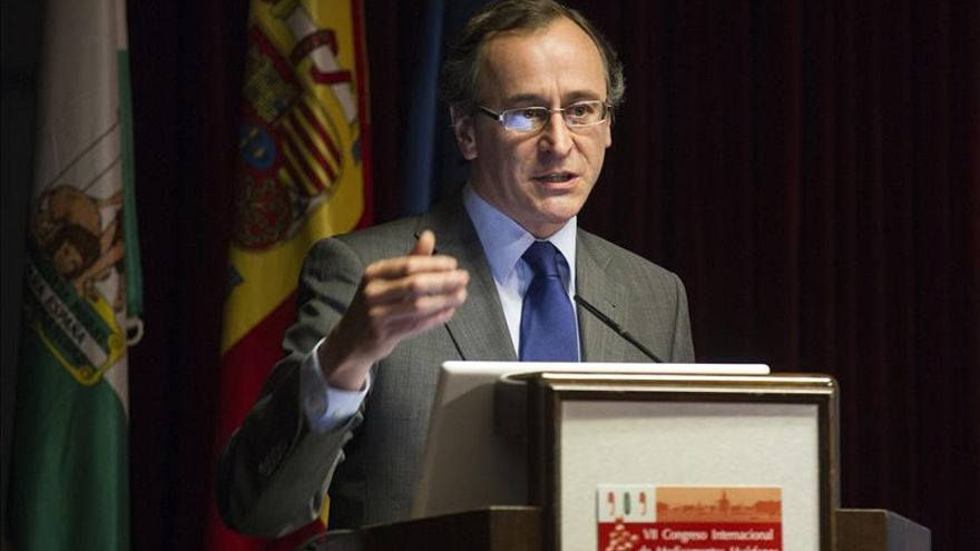 """Alonso critica el """"intento desesperado"""" del PSOE de ganar tiempo en caso ERE"""