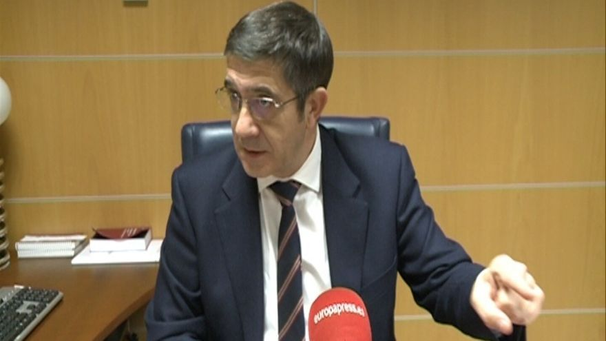 """López (PSE) acusa al Gobierno vasco de """"echar en un saco sin fondo"""" los 50 millones que inyectó a Fagor"""