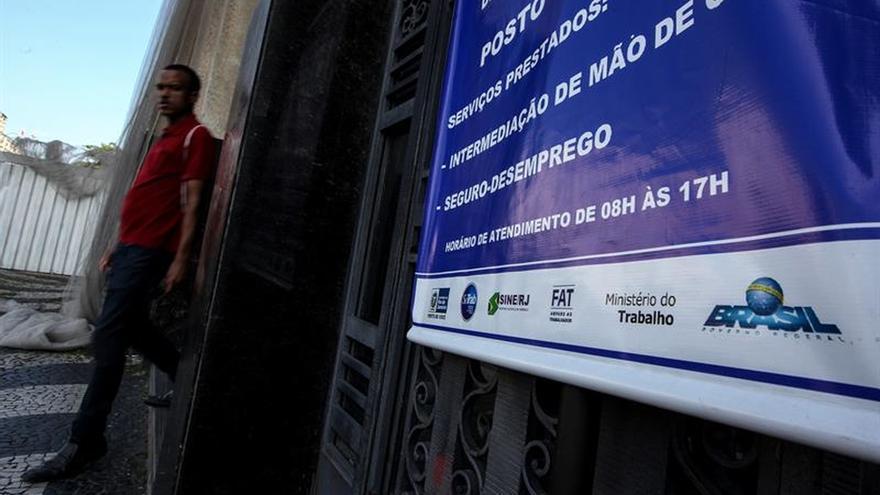 El desempleo en Brasil se situó en el 12 % en noviembre pasado