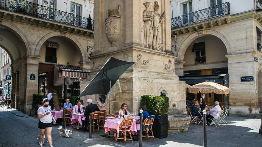 Francia tiene menos de 3.000 contagios y 13 muertos por covid